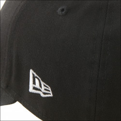 Casquette New Era noire OL